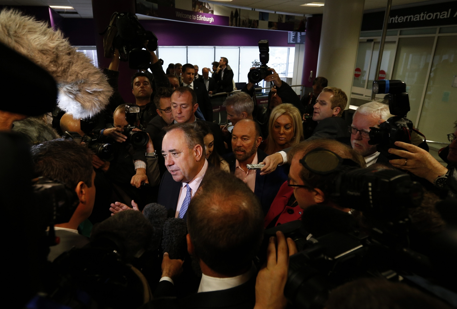 Alex Salmond and reporters