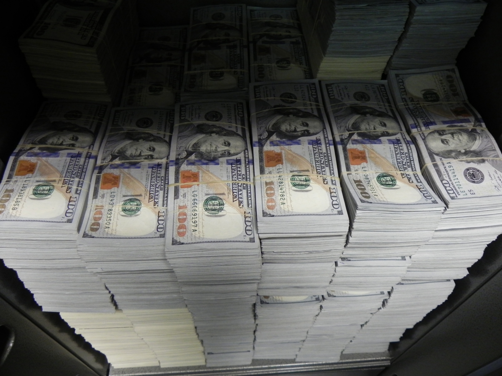 Woman Arrested With 70k Of Drug Money In Her Stomach