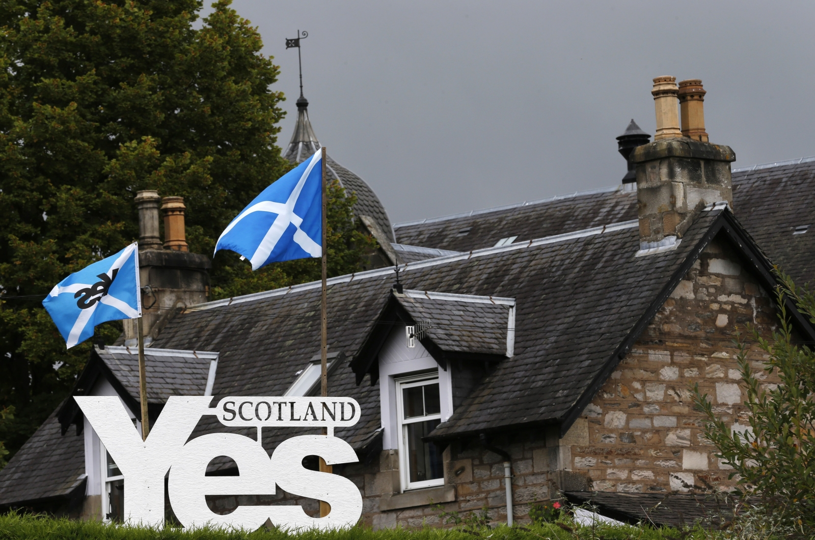 Scotland Yes sign