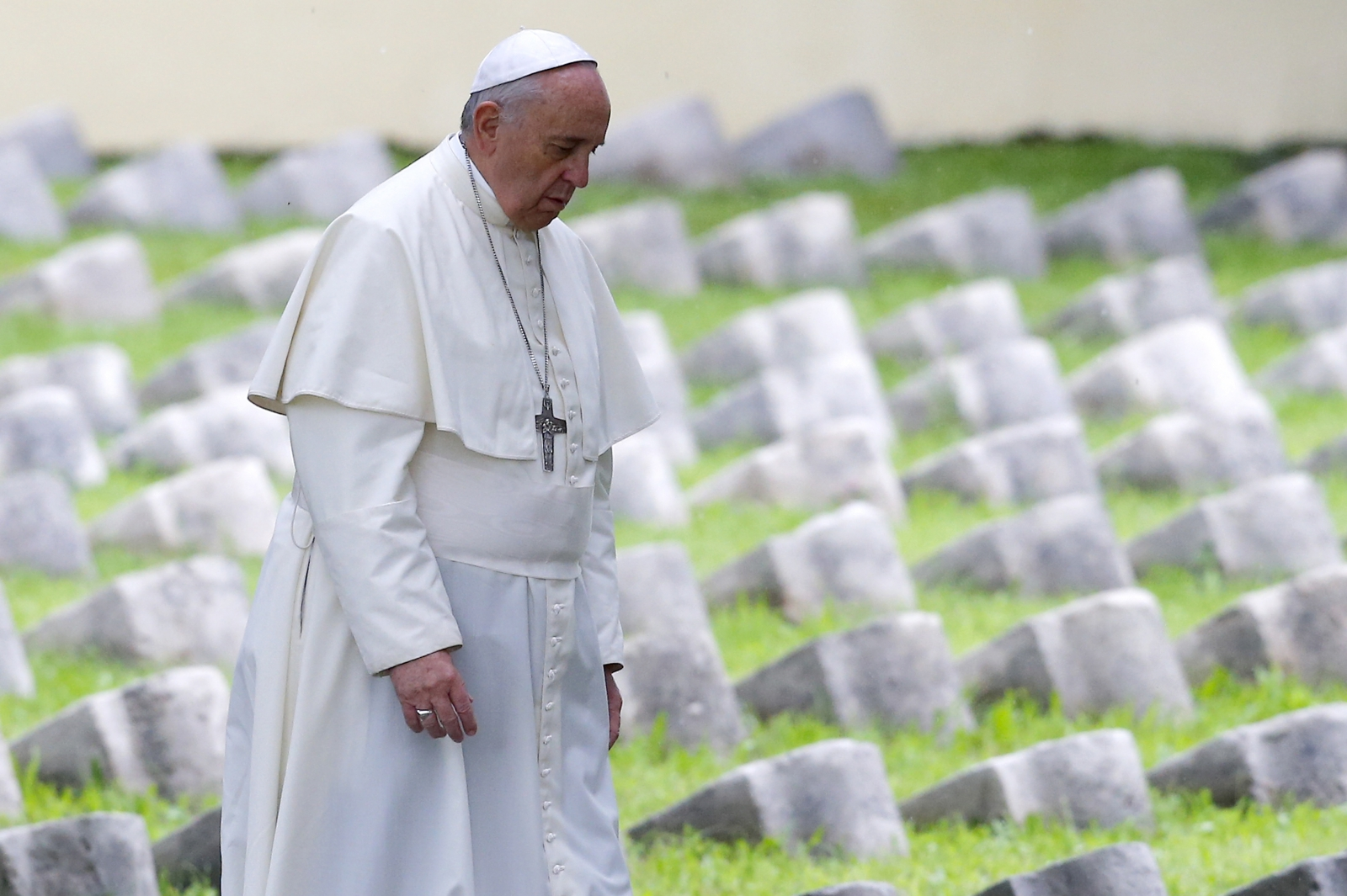 Pope Francis assassination fears from Isis