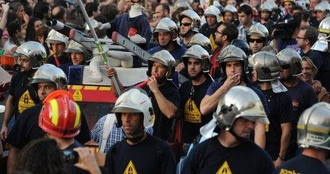 Catalan firemen