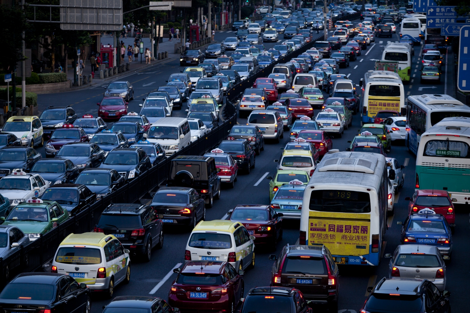 Climate Change Major Global Shift To Public Transport Can