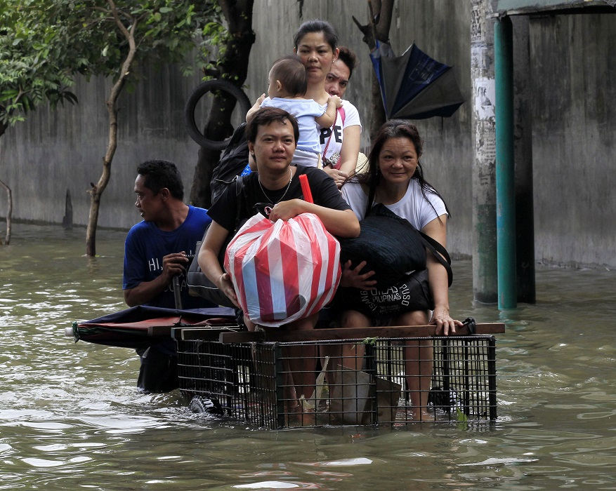 Tropical Storm Fung-Wong: Philippines Authorities Evacuate 200,000 as Storm Hits Manila