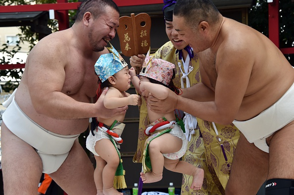 Baby sumo