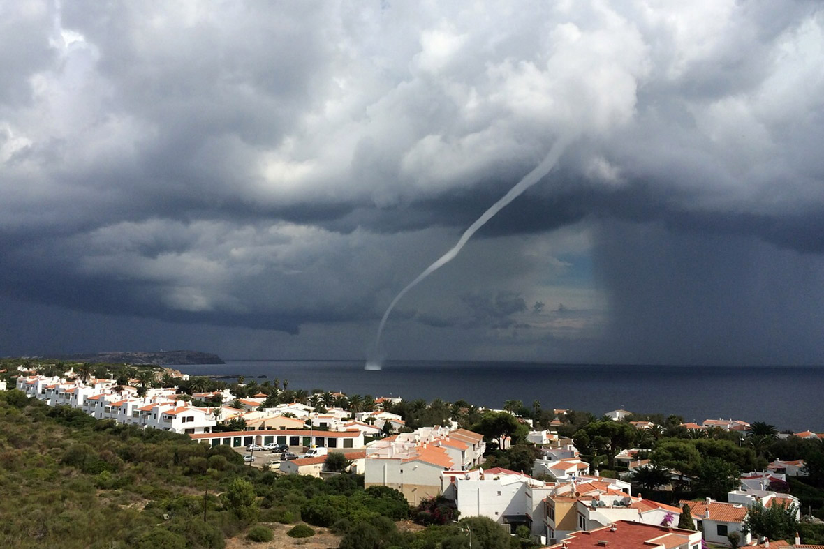 menorca waterspout