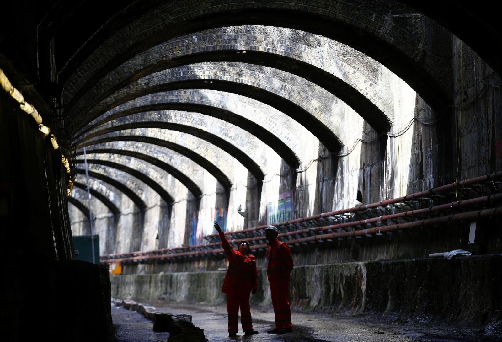Crossrail workers