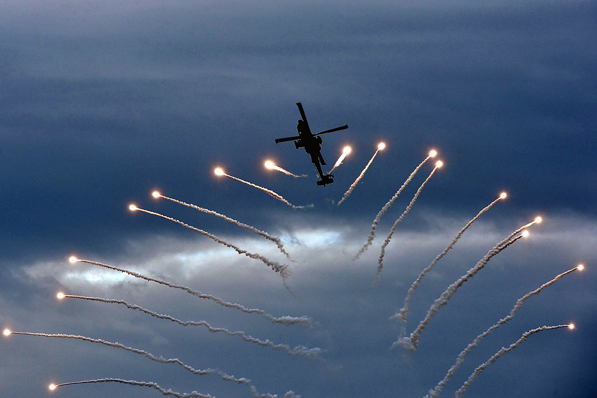 airshow helicopter flares
