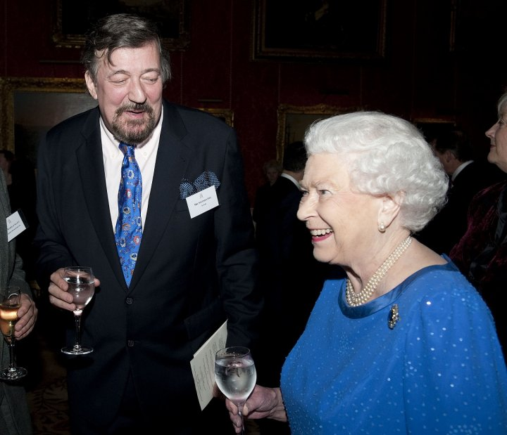 Stephen Fry takes cocaine at Buckingham Palace