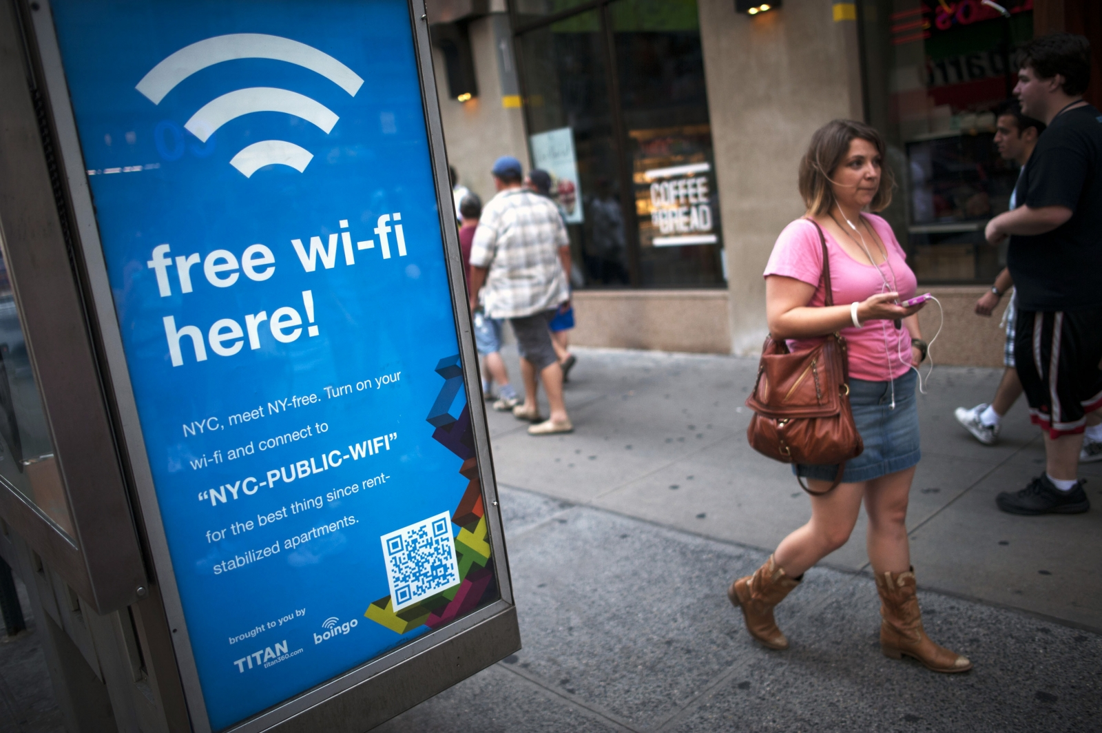 Free Wi-Fi hotspots Security Risk