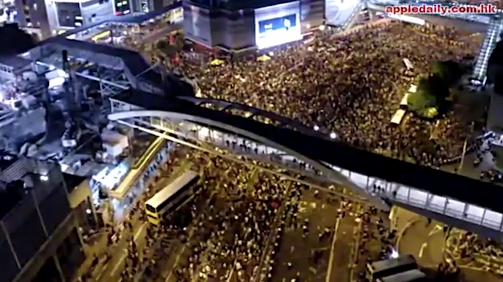 Flying Drones Capture Dramatic Scale of Hong Kong 'Occupy Central' Protests on Video