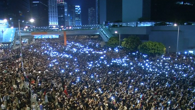 Hong Kong Pro-Democracy Protesters Call For Resignation of Chief Executive