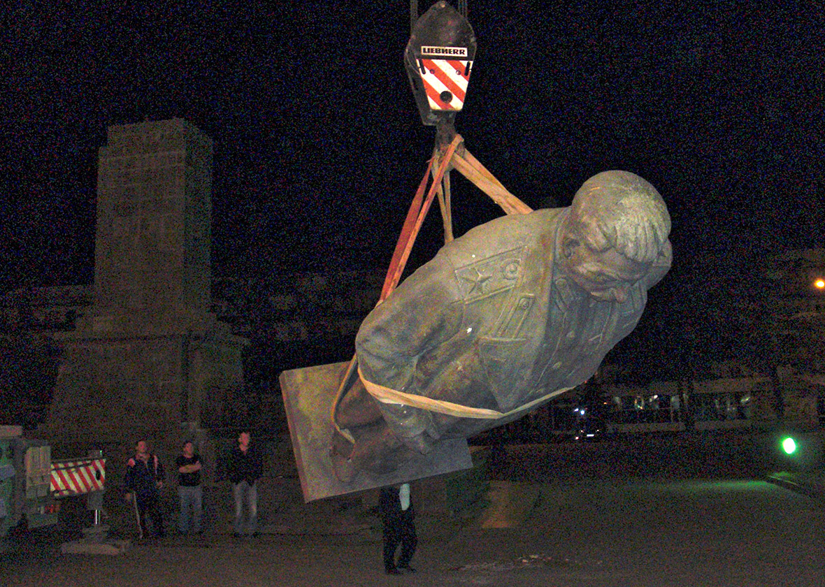 stalin statue georgia