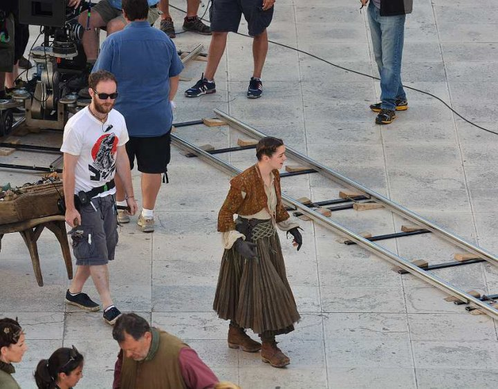 Game of Thrones Season 5 Spoilers: Leaked On-Set Footage and Pictures Reveals Tyrion and Arya Stark's Makeover and the Faith Militants