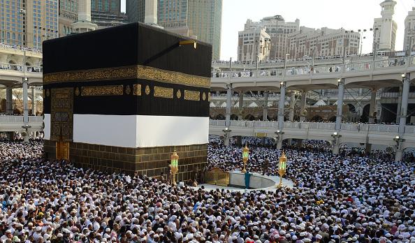 Hajj 2014: Saudi Arabia Bans 100,000 Muslims from Holy ...