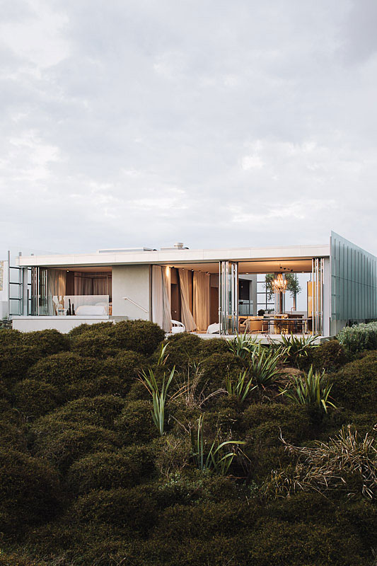 Villa: Dune House by Fearon Hay Architects