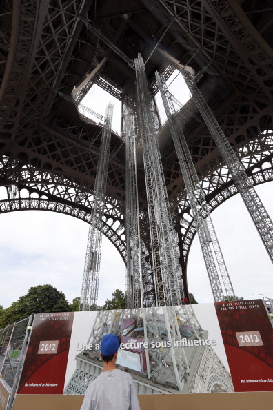 Eiffel tower gets a glass floor facelift for Floors of the eiffel tower