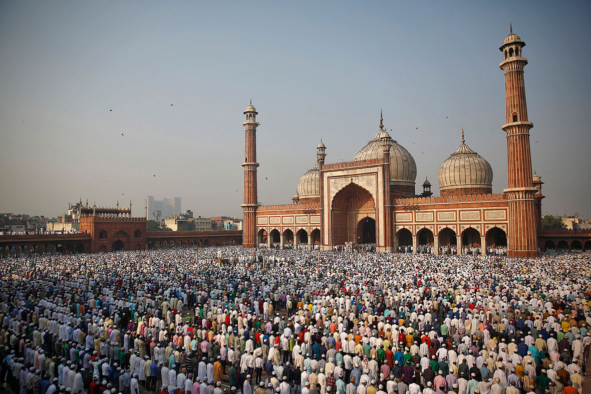 Eid al-Adha 2014: Photos of Muslims Around the World ...
