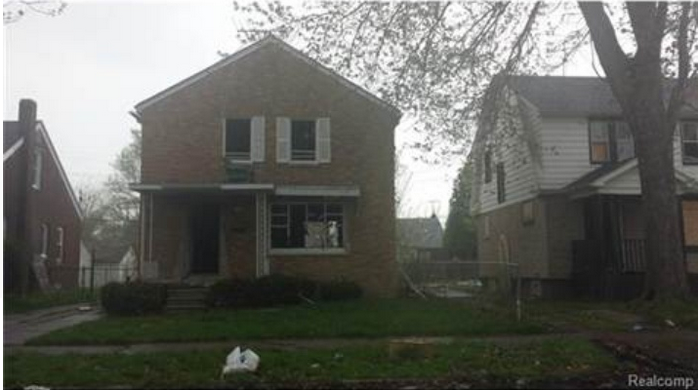 House on Sale in Detroit for an iPhone 6