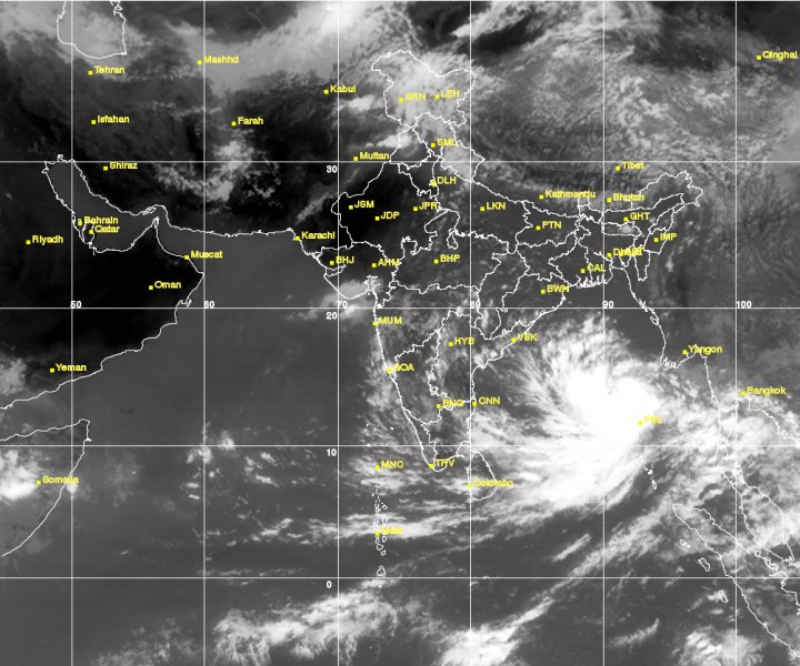 India: After Phailin Cyclone Hudhud Likely to Hit Andhra Pradesh and Odisha by 12 October