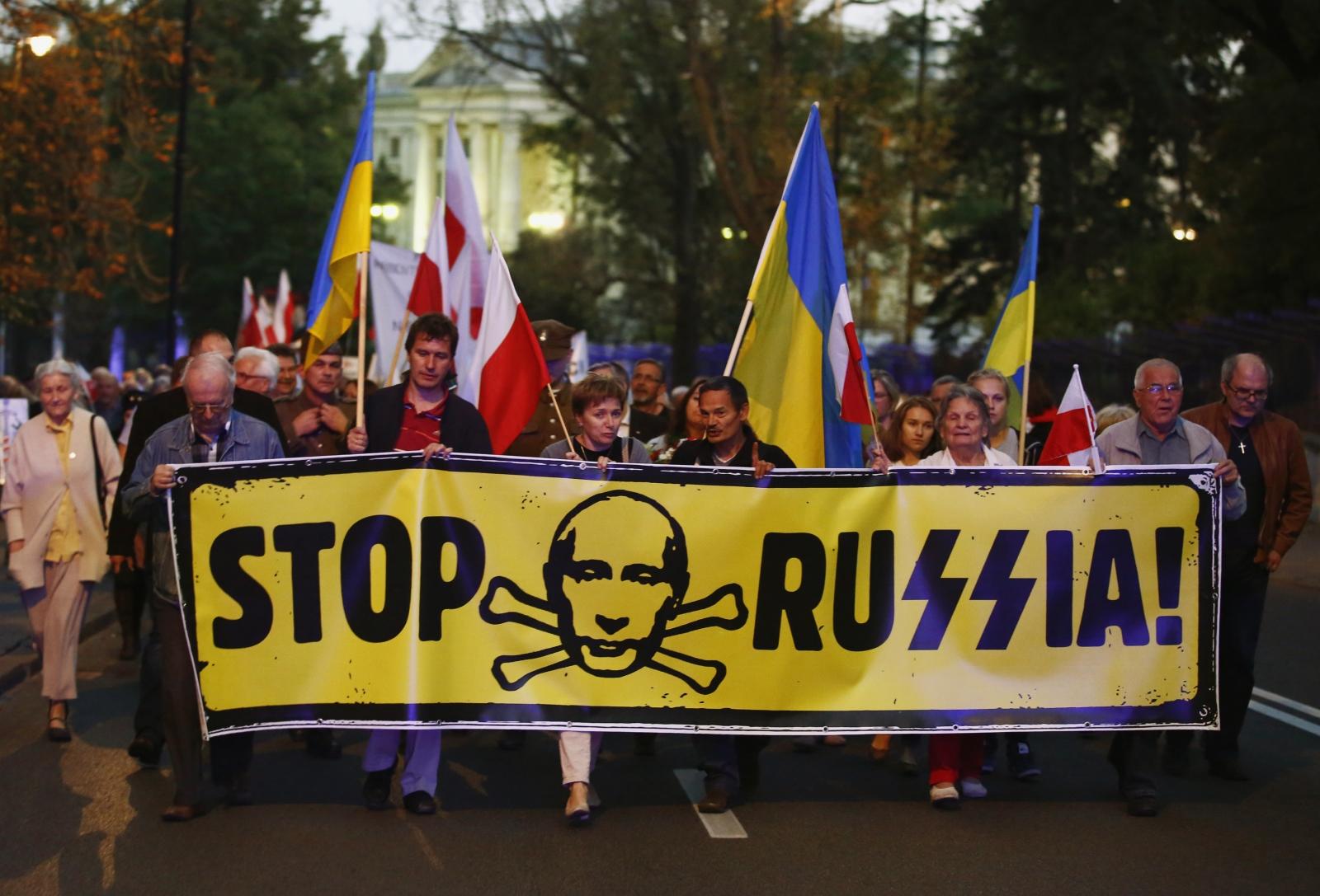 Poland Russia protest
