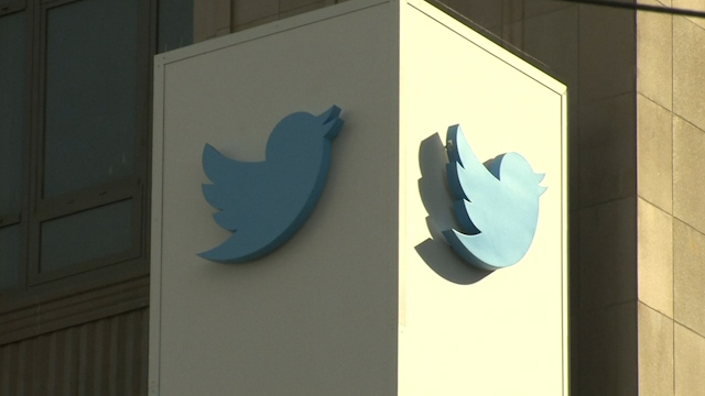 Twitter Sues US Government over Surveillance