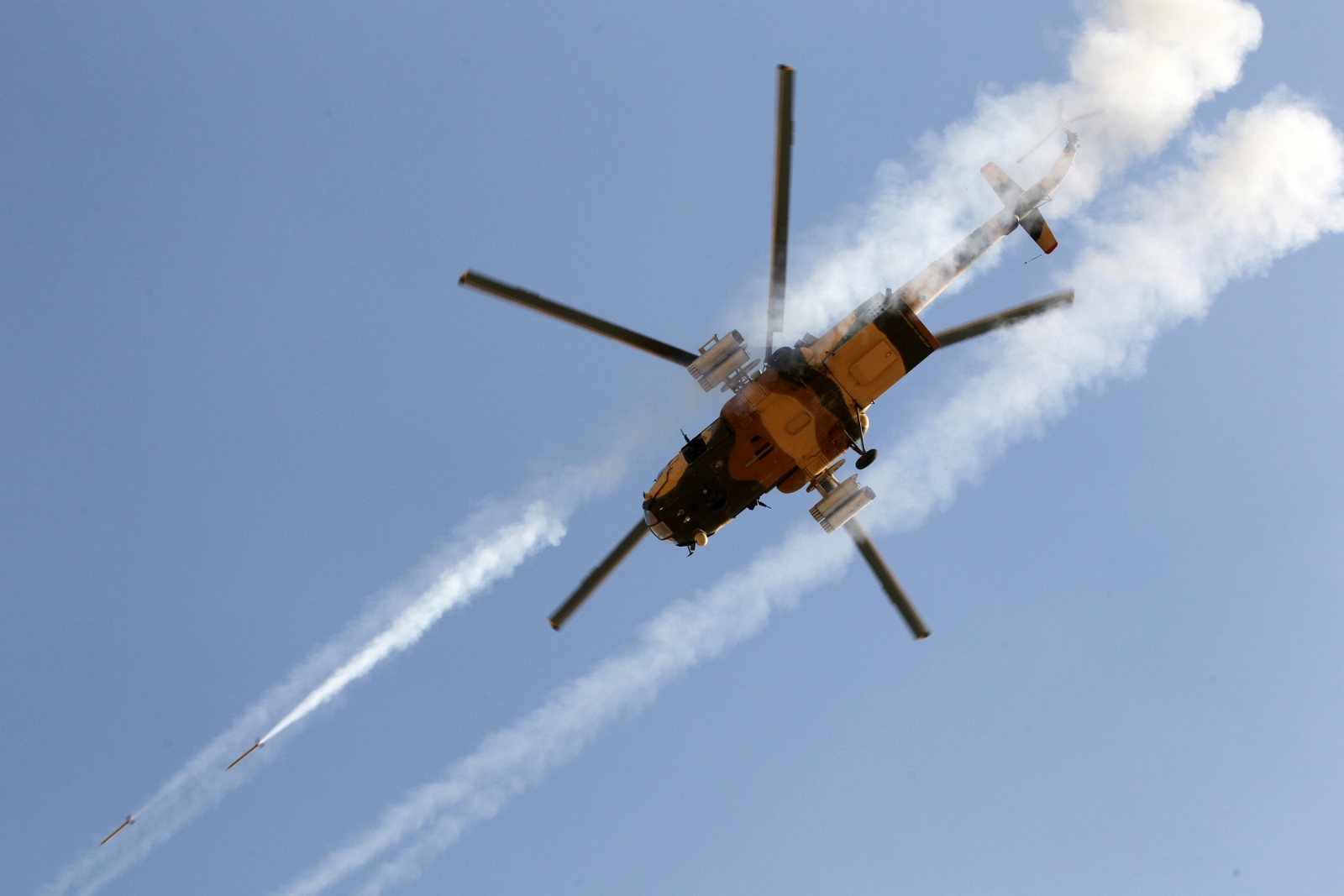 Iraqi army helicopter ISIS ISIL islamic state