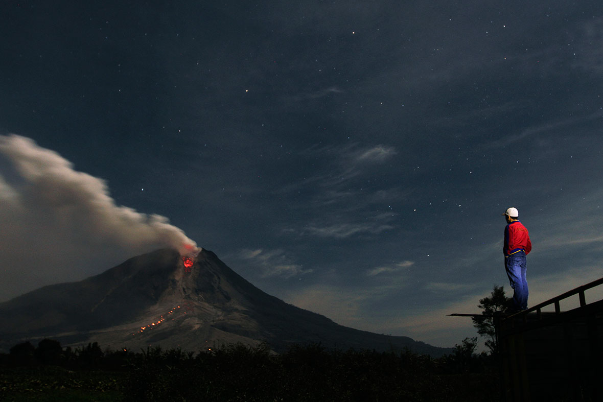 Mount Sinabung erupts again