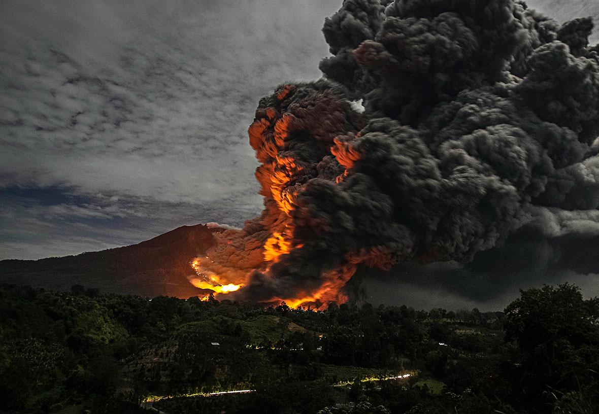 Mount Sinabung erupts again
