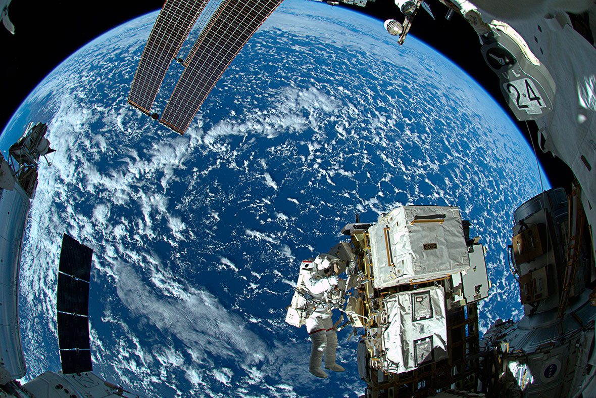 astronaut in space missions - photo #6