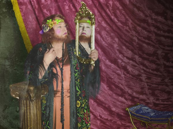 American Horror Story: Freak Show - The bearded lady, played Kathy Bates