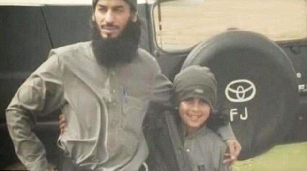 Isis' ten year-old martyr