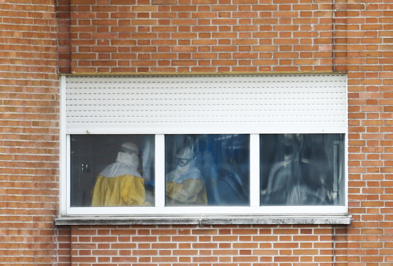 Activity in Madrid Hospital's Ebola Unit under Close Scrutiny