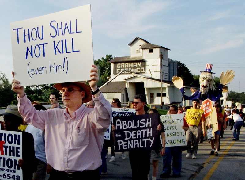 Protesters demonstrate against the US death penalty