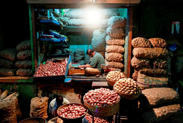India Mumbai Vegetable Market