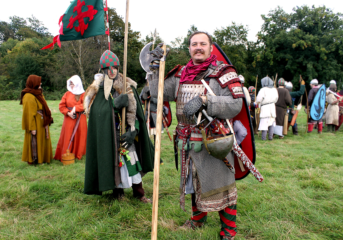 Tony Linthwaite of the Crusades re-enactment group, playing the Count of Baloin, a general under Duke William's command