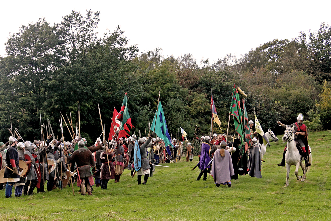 The Normans getting riled up on their side of the field, as Duke William rides along the line on his noble steed