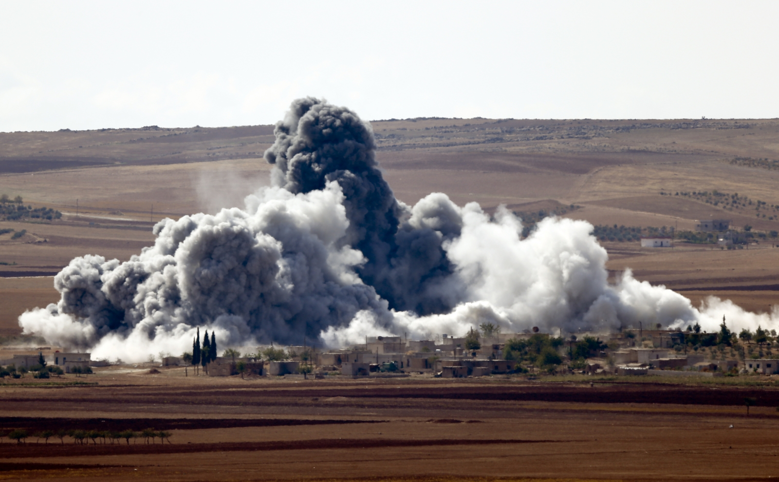 Arab Prayers Written on Aircraft Engines Trigger Alarm over Isis