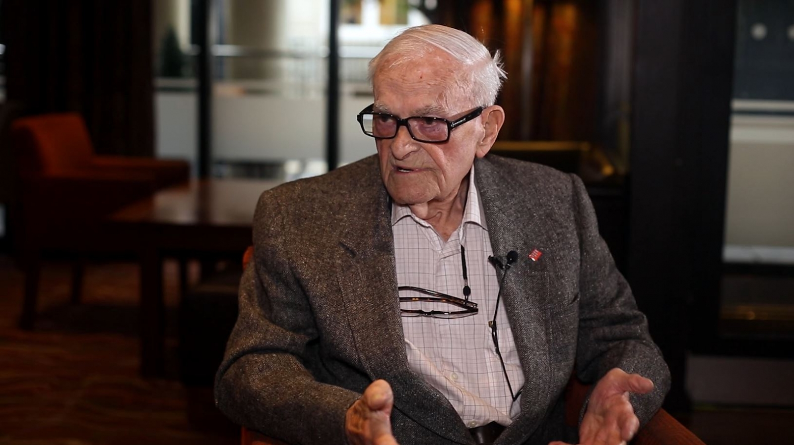 WWII Veteran Harry Leslie Smith Warns Not to Repeat History in Iraq