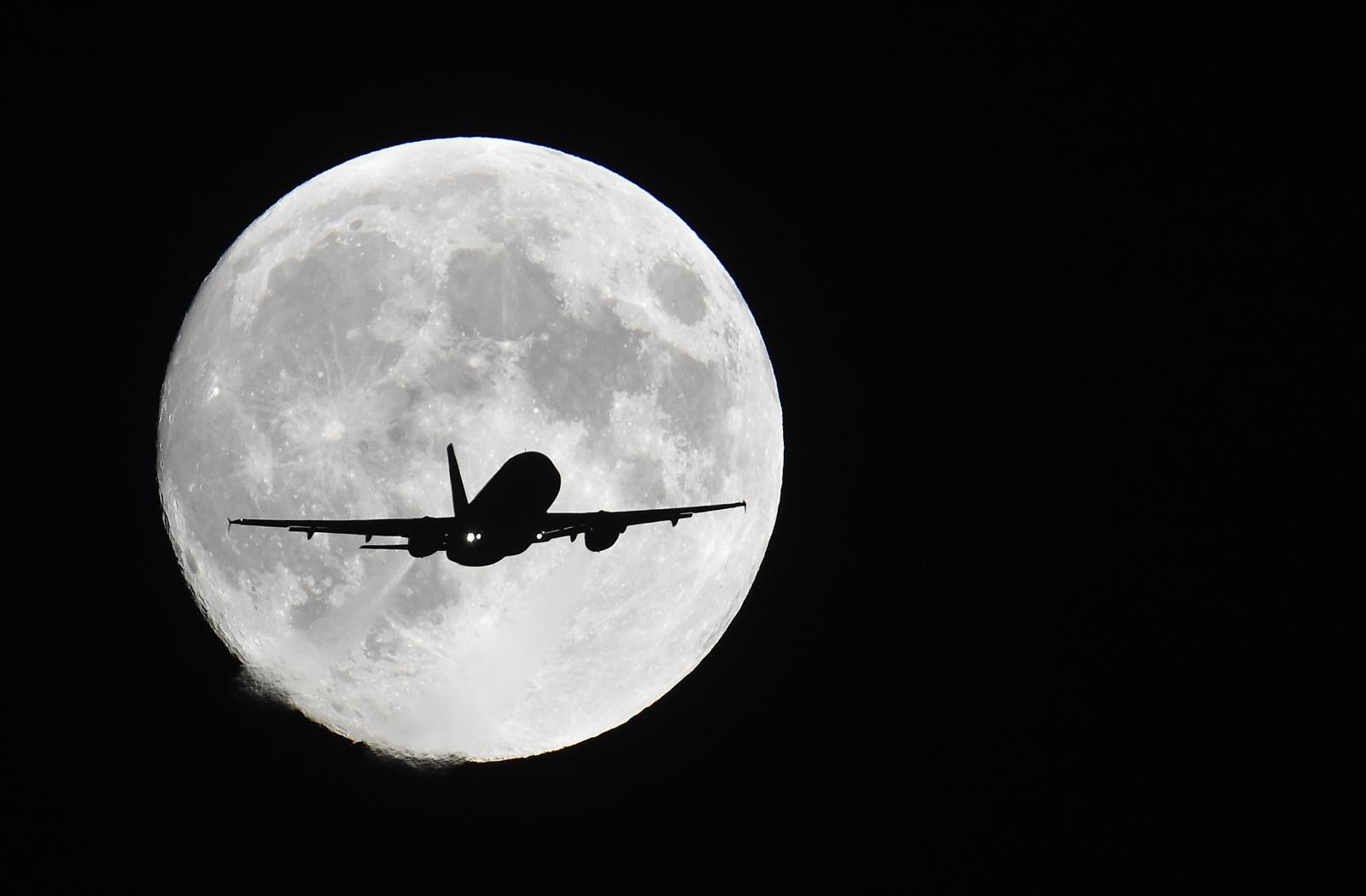Aircraft and moon