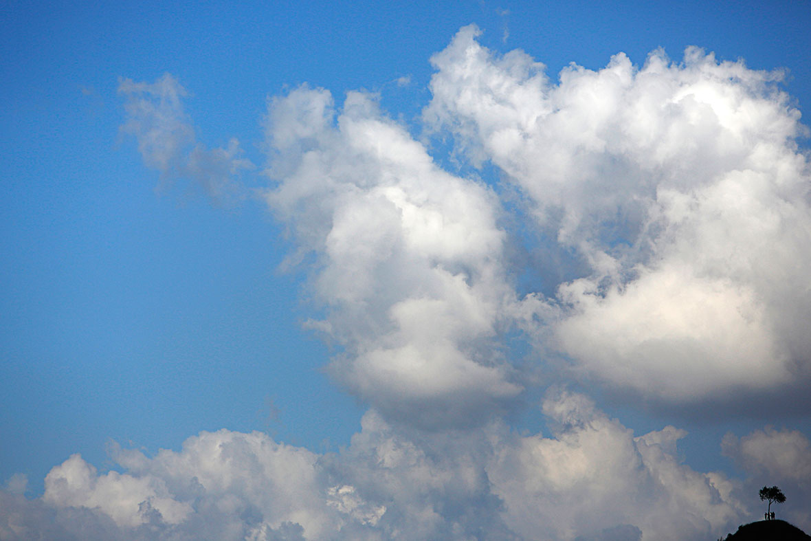nepal clouds