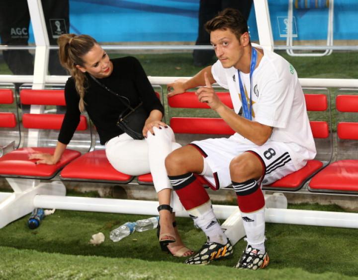 Arsenal star Mesut Ozil and Mandy Capristo.