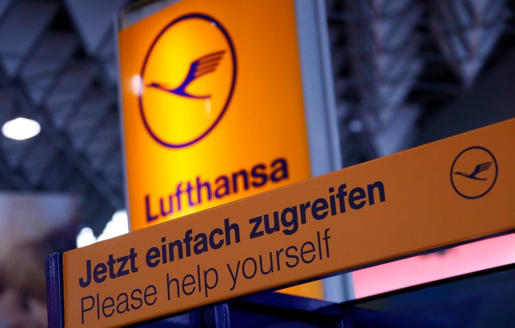Lufthansa Sign