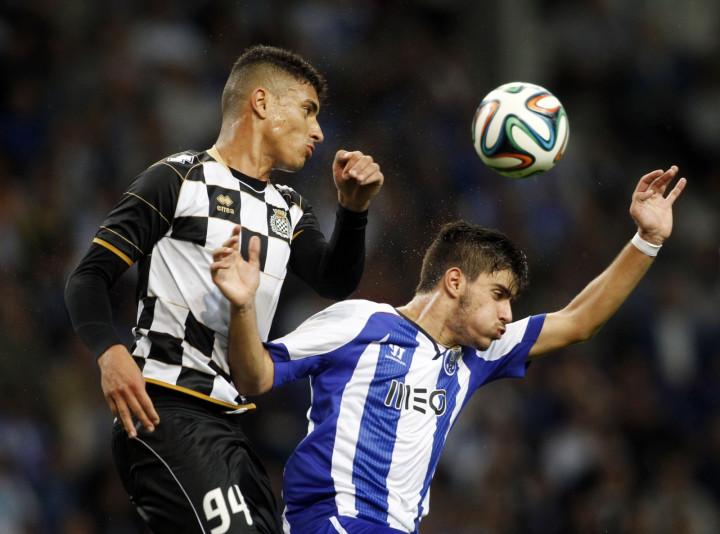 Hammers continue to scout FC Porto star - Claretandhugh