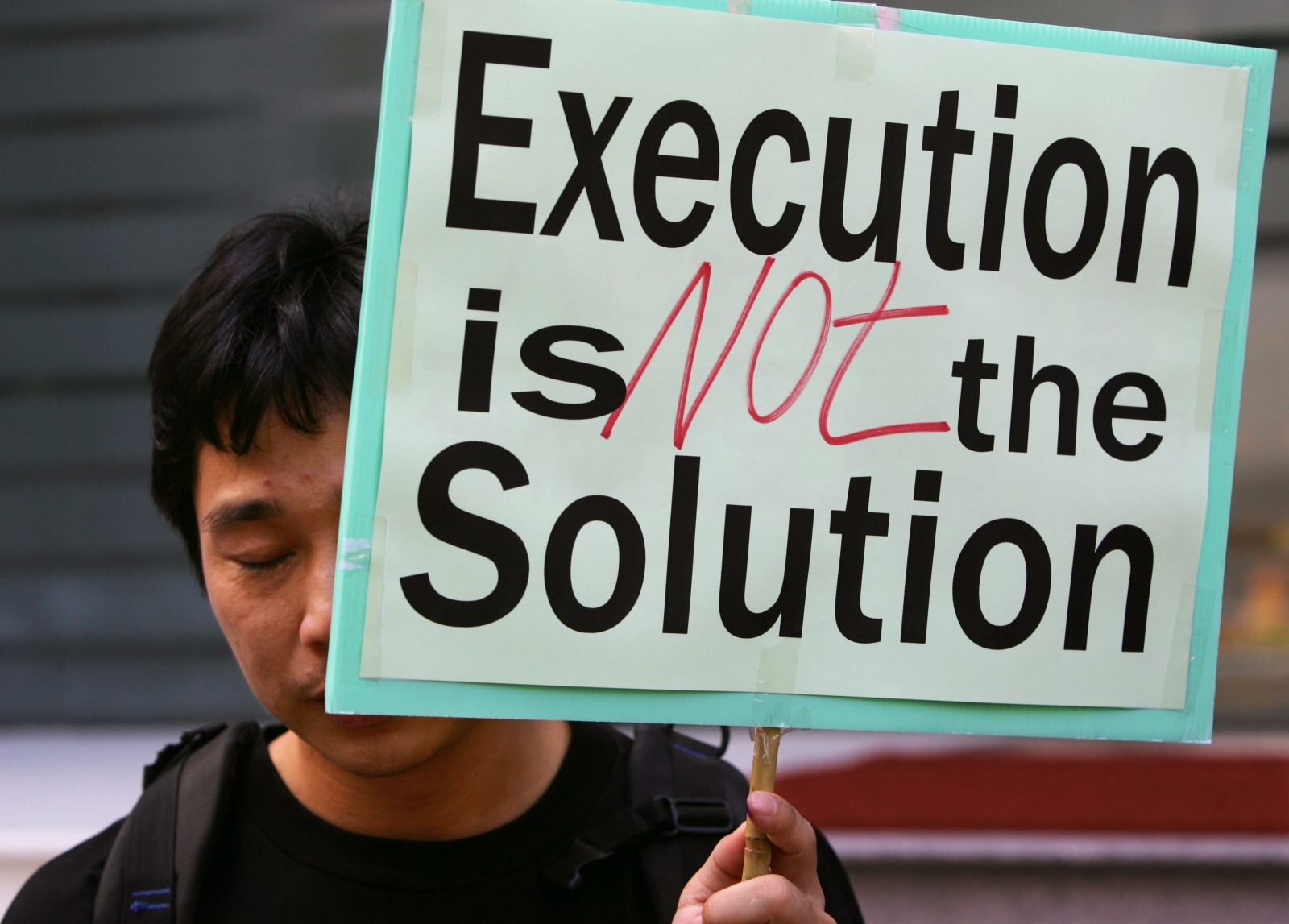 comparison of the death penalty china The world's most prolific executioner killed thousands of people last year, human rights group amnesty international estimates.