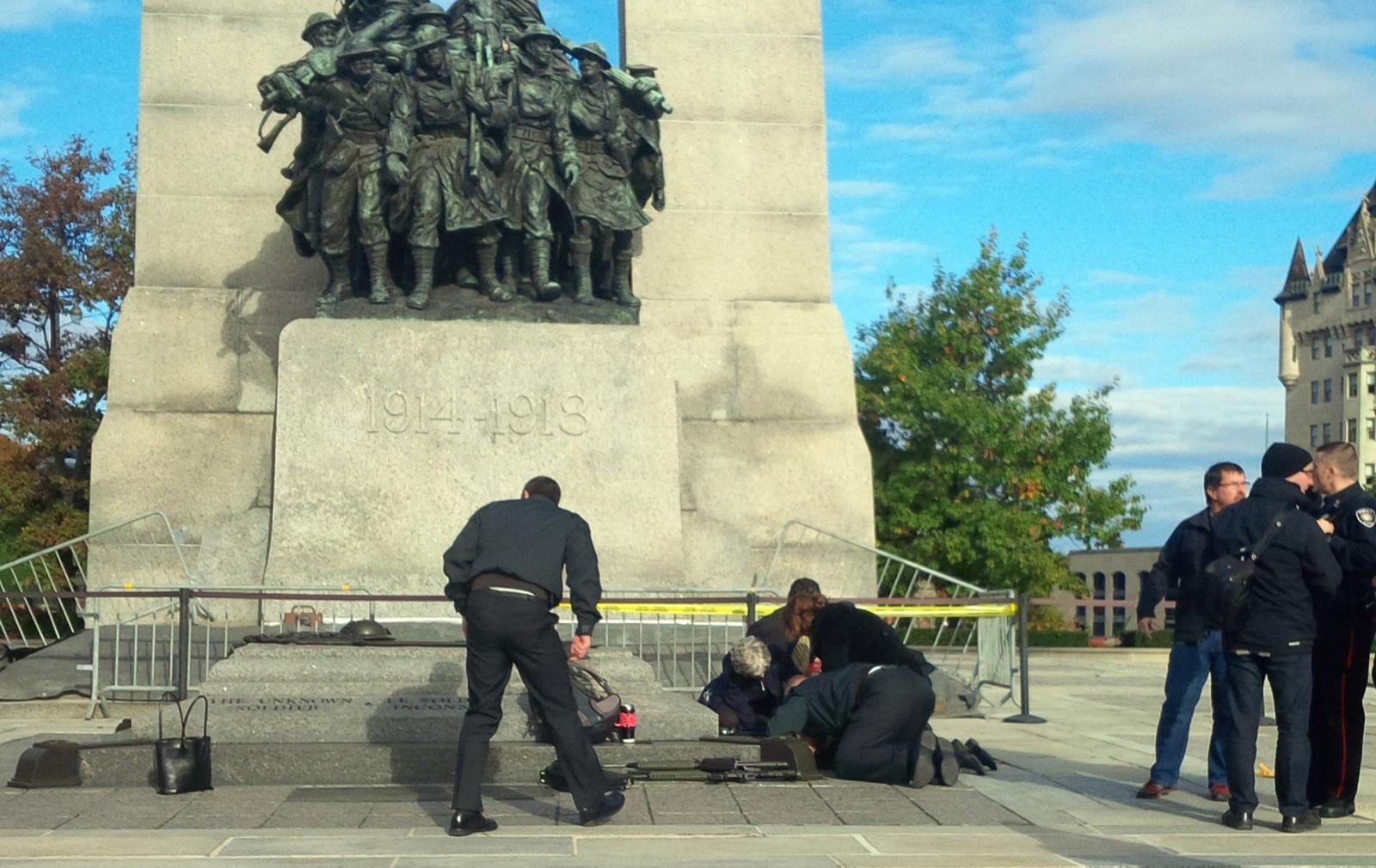 Ottawa Shooting: Soldier Shot at Canada's National War Memorial