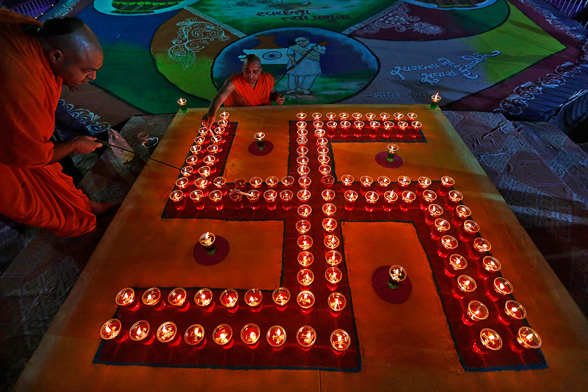 Diwali 2015 Top 10 Greetings To Wish Your Loved Ones
