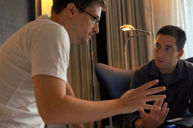 Edward Snowden and Glenn Greenwald in Citizenfour