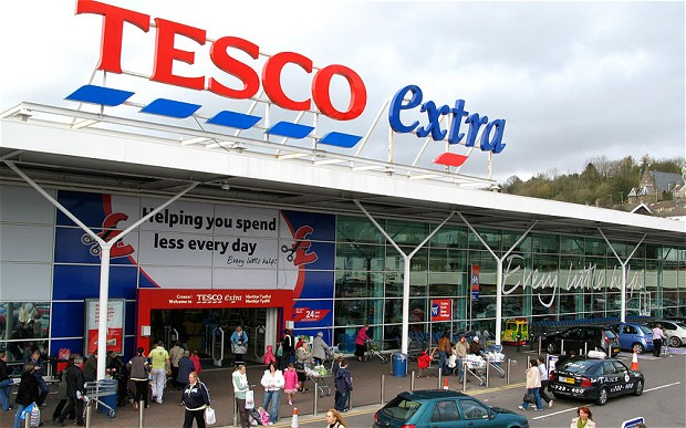 Tesco Scraps Profit Outlook as Accounting Black Hole Deepens