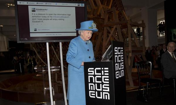Queen Elizabeth tweets