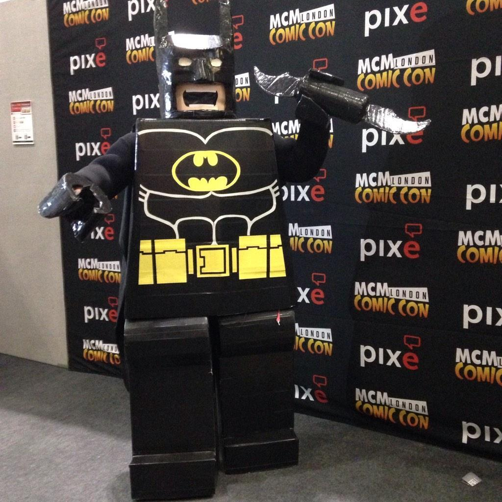 London ComicCon: Lego Batman cosplay